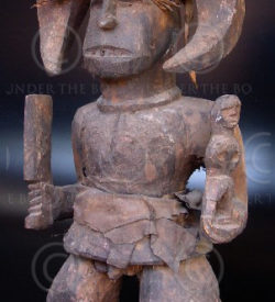 Statue Africaine Ibo AF41. Ibo, Nigéria.