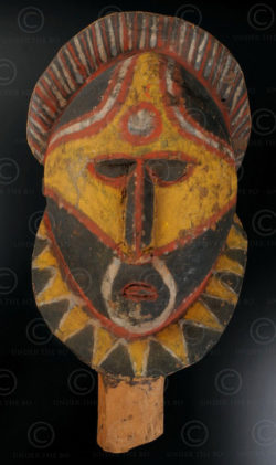 Abelam yam mask 12OL5. Northern Abelam culture, East Sepik Province, Papua New G