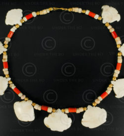 Antique shell necklace 602. Designed by François Villaret.