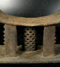 Ashanti stool N2A. Ghana. 19th-early 20th century.