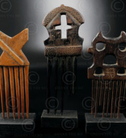 African combs 12UZ1B. Baule and Ashanti cultures, Ivory Coast, West Africa.