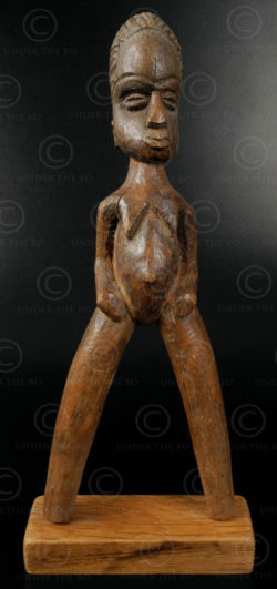 Baule slingshot 12OL03E. Baule culture, Ivory Coast, West Africa.