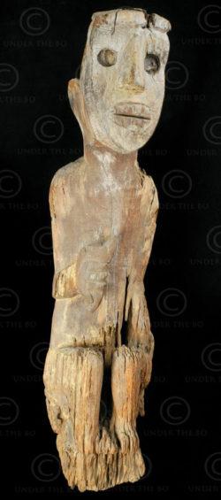 Borneo hempatung BO159. Ot Danum culture, Central Borneo, Indonesia.