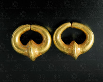 Boucle d'oreille or Gandhara