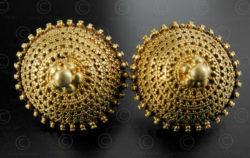 Boucles oreilles or indiennes E215. Région du Kutch, état du Gujarat, Inde du no