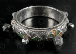 Bracelet argent turkmène B211. Culture turkmène, Asie centrale.