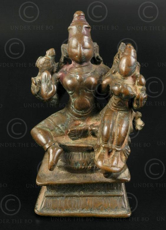 Bronze Vishnu with Lakshmi statuette 16P42. Tamil Nadu, southern India.