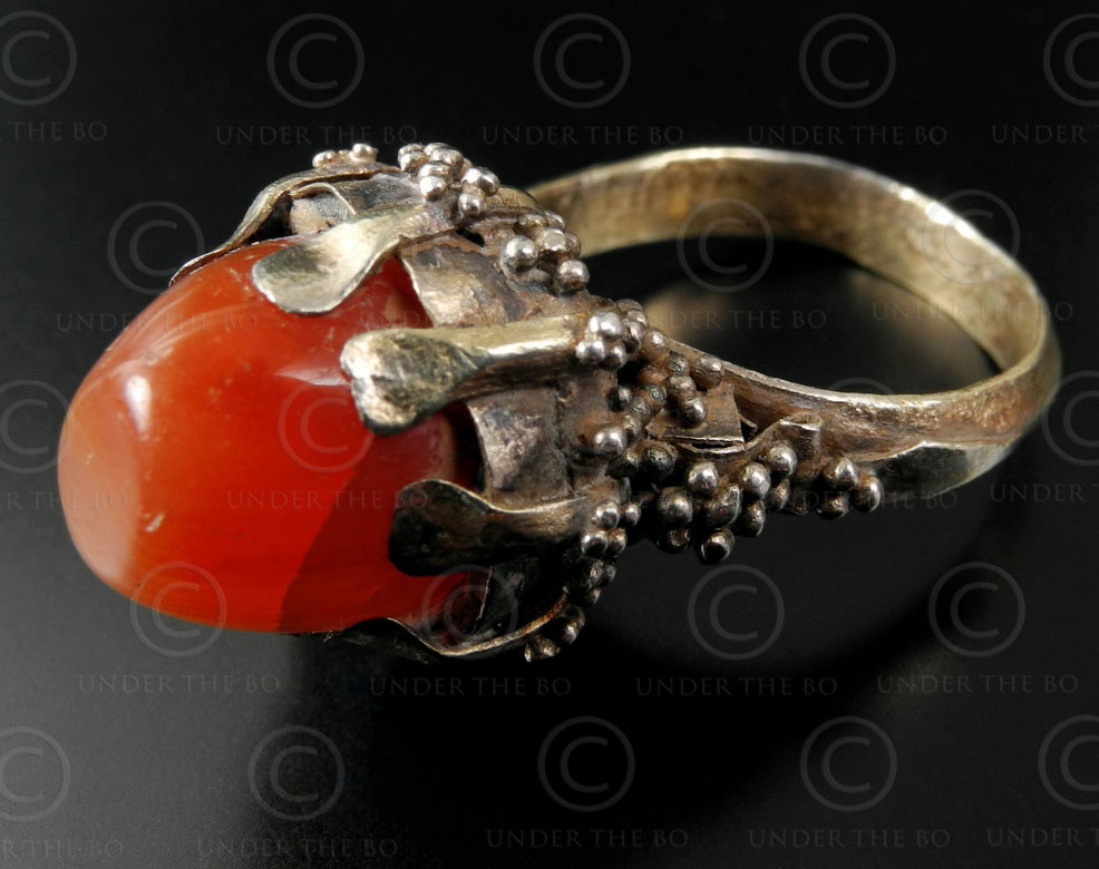 Bugis gold granulated ring R242. Bugis culture, South Sulawesi island (Celebes)
