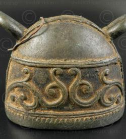 Burmese cattle bell BU537B. Burma.