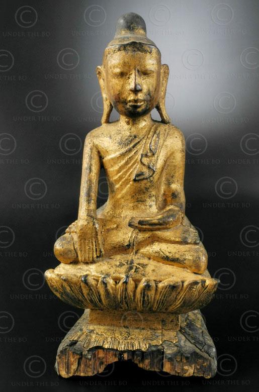 Burmese seated Buddha BU523A. Amarapura style, Upper Burma.