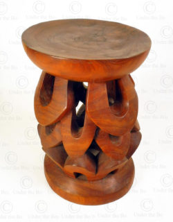 Cameroon style stool FV320.