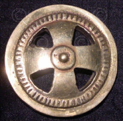Solid brass buckle FB18. Celtic cross.