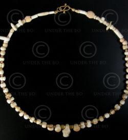 Collier en perles archéologiques No.554B