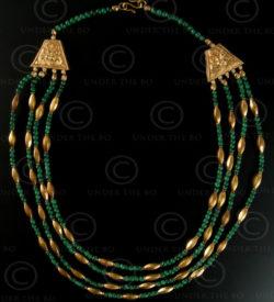 Collier avec perles or et malachite No.404. Atelier Under the Bo