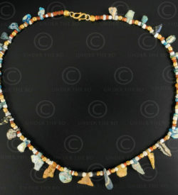 Collier perles de fouille verre Bactriane 628. Design François Villaret.