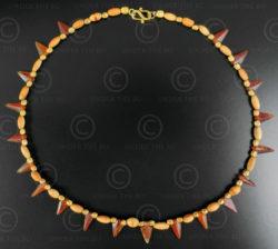 Cornelian arrows and ivory necklace 626. Designed by François Villaret.