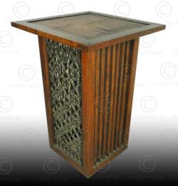 Display table FV33A. Design François Villaret, Under the Bo workshop, Thailand.