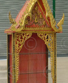 Display shelves T805. Thailand. Under the Bo workshop.