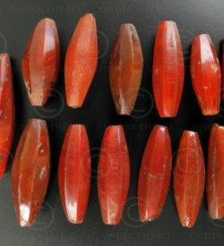 Dix sept cornalines facettes BD202. Inde.