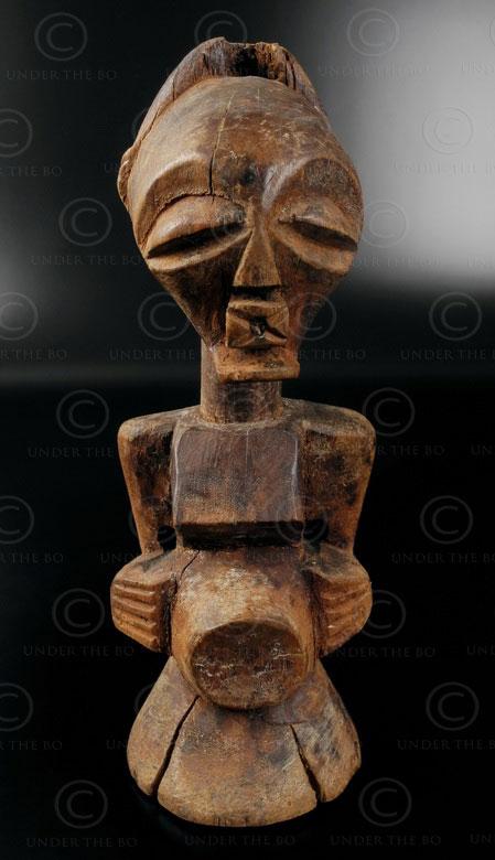 Fétiche songyé 12OL19. Culture songyé, Congo RDC (ex -Zaïre).