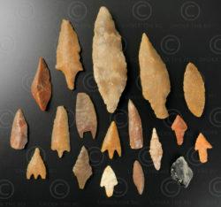 Flint arrowheads AF209. Niger, Agades region, West Africa.