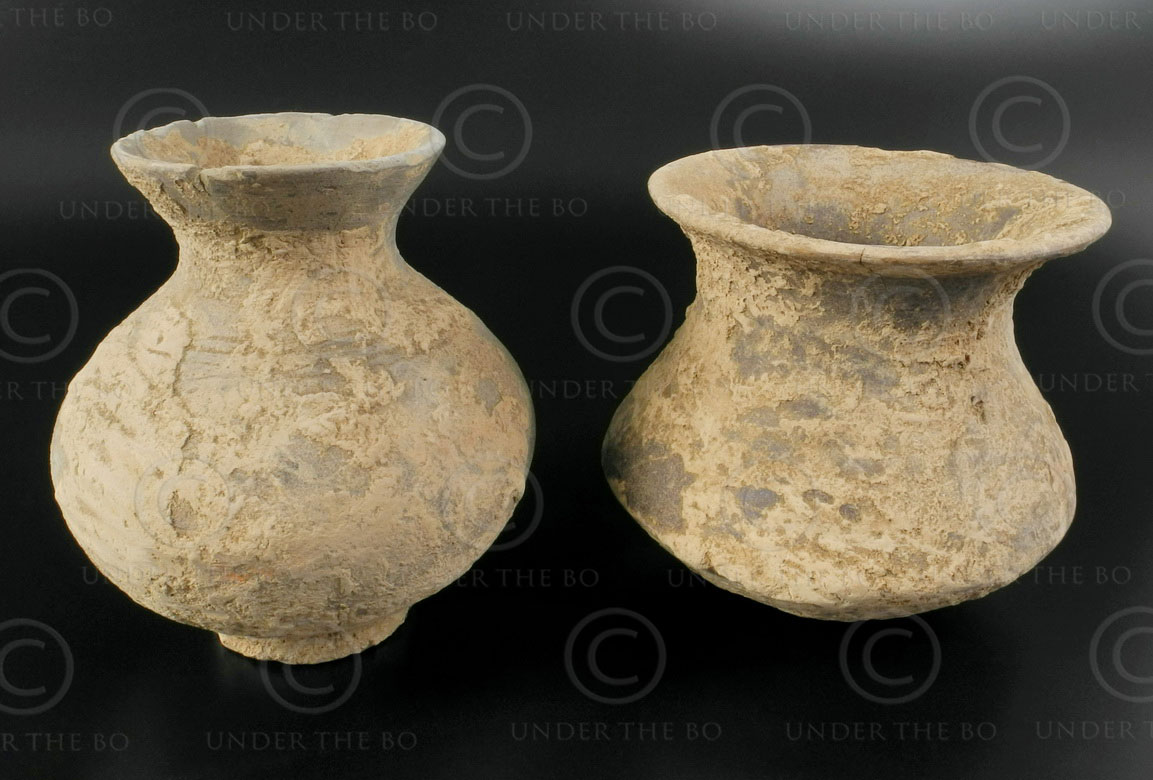 Gandhara earthenware pottery SW13. Ancient kingdom of Gandhara (Pakistan).