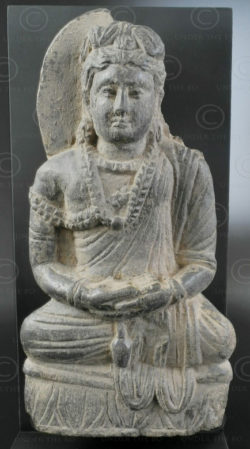 Gandhara seated schist Buddha PK185. Gandhara (Pakistan). Swat valley.