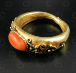 Gold and coral ring R289C. Central Asia culture.