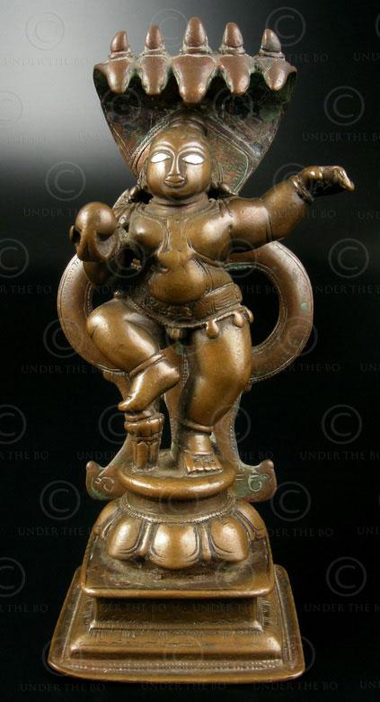 Gopal dansant A158. Bronze, yeux en argent. Maharashtra, Inde du Sud.