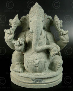 Green granite Ganesh 08LN19A. Tamil Nadu, southern India.