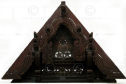 Indian gable C3-00 Rosewood. 19th century. Kerala, India