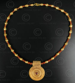 Indian gold and cornelian necklace 624. Designed by François Villaret.