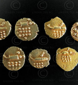 Kerala gold coins C323. Coorg or Travancore rajas of the Hoysalas dynasty.