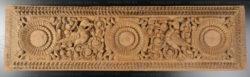 Linteau Indien sculpte LP18A. Inde du sud.
