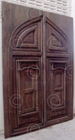 Mughal Door M18-97. Rajastan door, Mughal style. North India