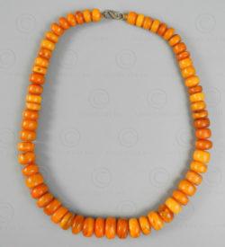 Magnifique collier ambre tibétain antique BD230. Communauté tibétaine en Inde.
