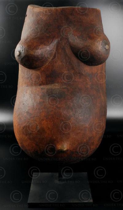 Makonde body mask 12OL10B. Makonde culture, Tanzania, East Africa.