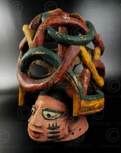 Masque Yoruba AF118.  Yoruba, Nigéria.