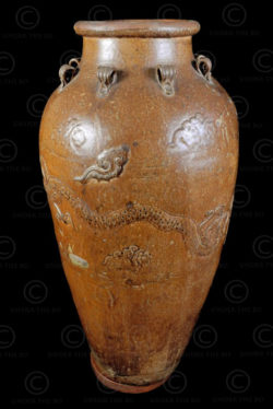 Ming dragon trade Jar, for the Borneo tribes