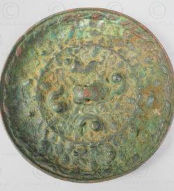 Miroir chinois bronze archaïque C94. Dynastie des Tang, 7ème-9ème siècles. Chine