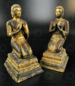 Paire serviteurs Bouddha T388. Ratanakosin (début de Bangkok), Thaïlande.