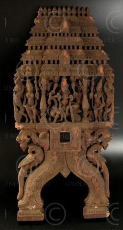 Panneaux kavadi IN591. Tamil Nadu, Inde du sud. 20ème siècle.