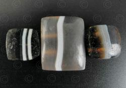 Perles agate à bandes BD279. Trouvée en Afghanistan.