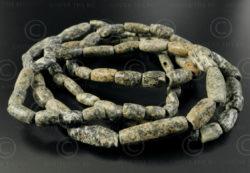 Perles dolomite Djenne BD261B. Collectées dans les sables du désert du Sahara et