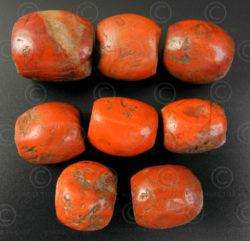 Perles pema raka antiques BD154. Province de l'Amdo du Tibet.