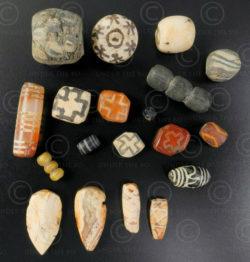Perles variées antiques Asie BD158. Birmanie, Afghanistan et Vallée de l'Indus.