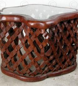 Petite table style tribal FVT2. Design François Villaret, Atelier Under the Bo,