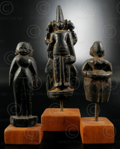 Primitive Hindu statuettes IN616. Tribal belt, Bihar state, North India.
