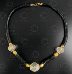 Rock crystal and coconut shell necklace 630. Designed by François Villaret.