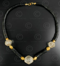 Rock crystal and coconut shell necklace 630. Designed by François Villaret.